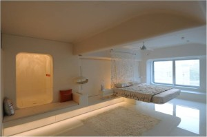 Master bedroom with cantilevered bed