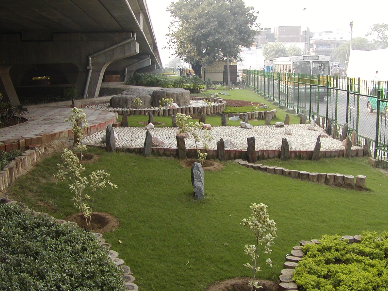 Peeragarhi overpass- underspace